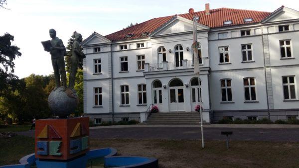 Ort kirchlichen Lebens Katholische Kirche Bützow Güstrow Matgendorf Teterow
